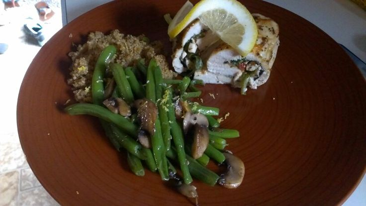 Stuffed Chicken breast with Feta, spinach and tomatoes served quinoa ...