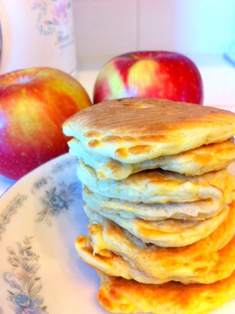 Apple protien powder pancakes