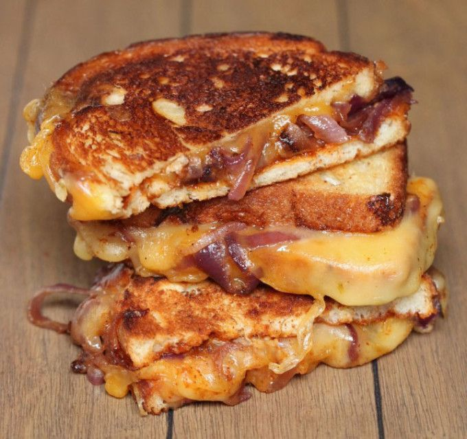 Sweet & Spicy Caramelized Onion BBQ Grilled Cheese Sandwich via Ring ...