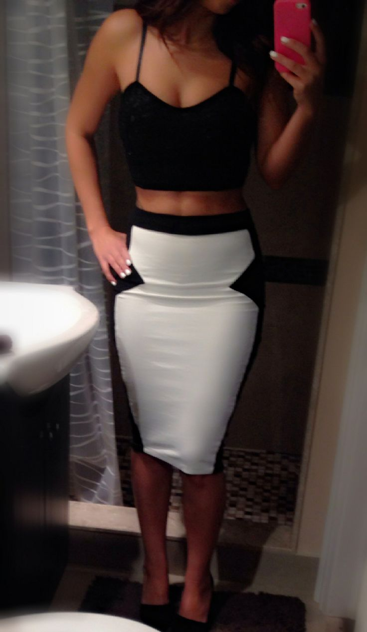 high waisted skirt and crop top my style