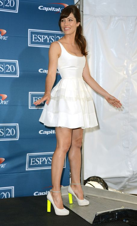 little white dress ala Jessica Biel
