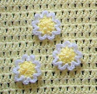 Lazy Daisy Blanket Crochet Pattern   Red Heart
