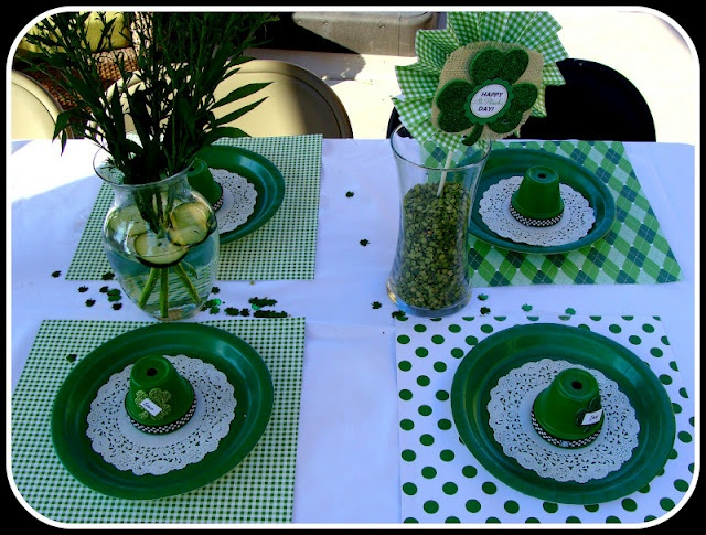 "Great idea...use 12 x 12 scrapbook paper for ""place mats""!"