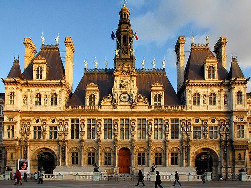 H tel de ville paris france enchanted europe for Hotel deville paris