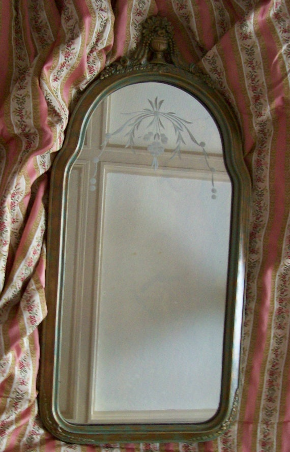 cute vintage mirror : Mirror mirror on the wall : Pinterest