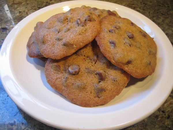 Crispy Chocolate Chip Cookies | Food and such | Pinterest