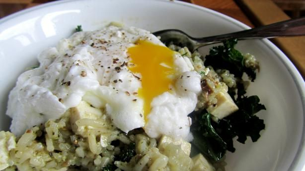 Poached Eggs and Kale over Rice. Photo by Rita~