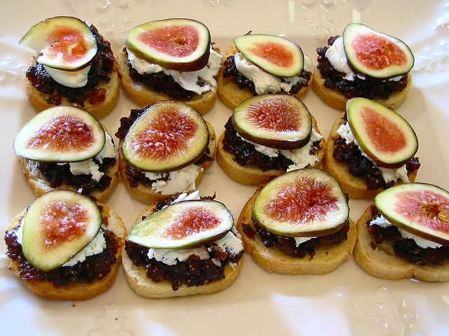 Fig and Goat Cheese Crostini by lindrusso, via Flickr (I poured a ...