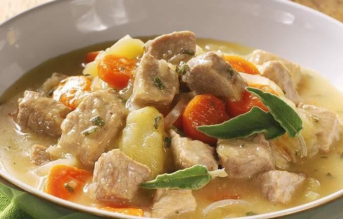 Pork & Apple Stew | Grandma's Kitchen | edibles | Pinterest