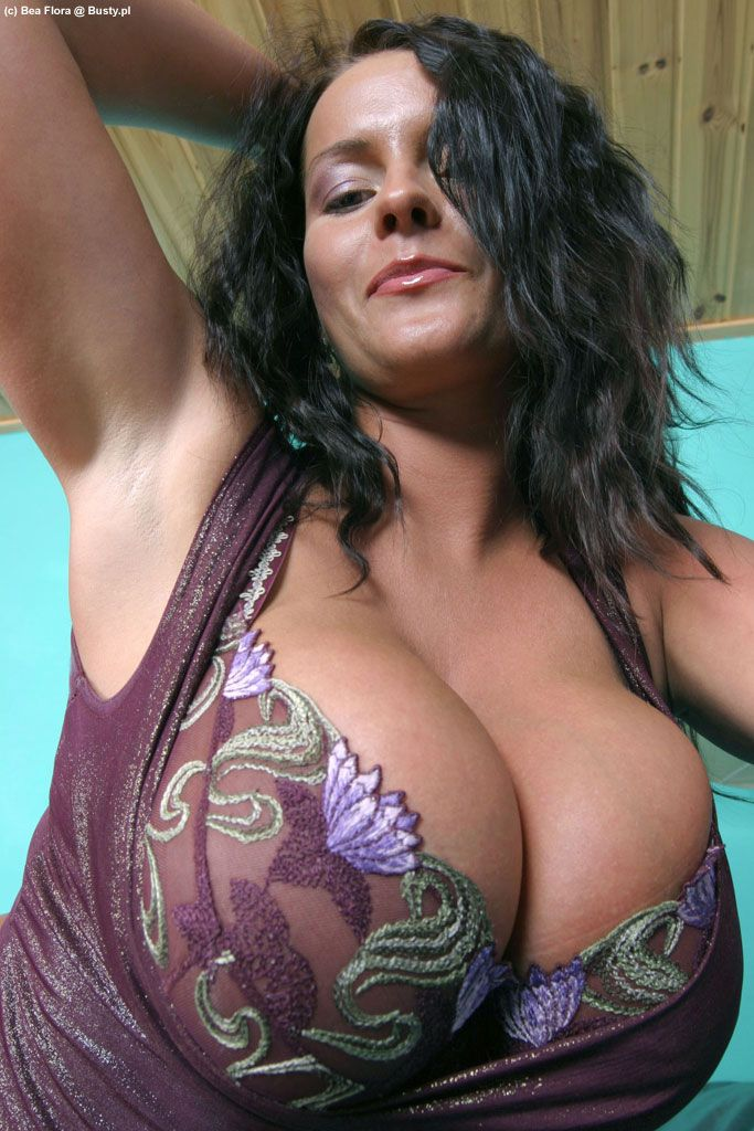 Erotic massage queens