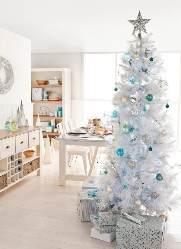 White Christmas Tree Decorating Themes Christmas Can