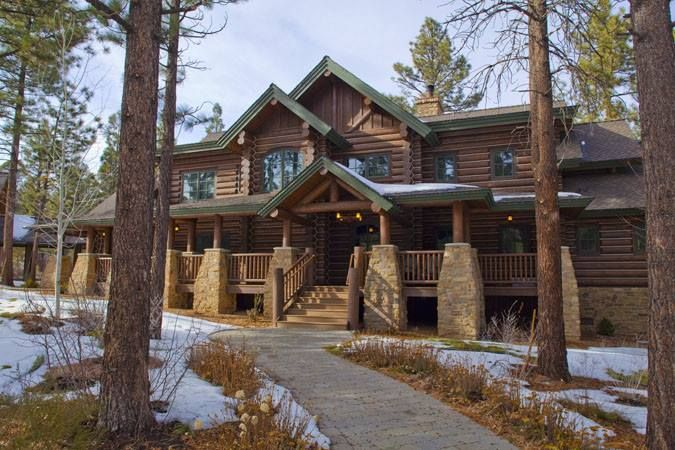 Big Log Home With Front Porch Country Living Pinterest