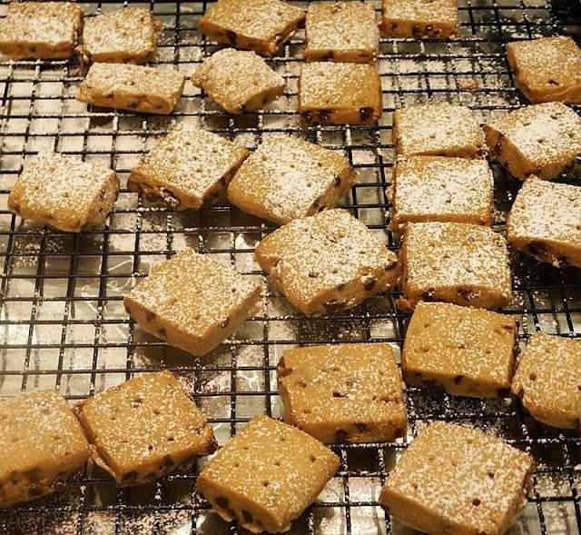 traditional shortbread great easy great aunt annie s traditional ...