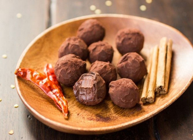 Chocolate Chile Coconut Milk Truffles | Food Porn | Pinterest