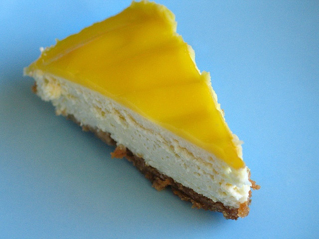 goat cheese and lemon cheesecake by yahaira, via Flickr