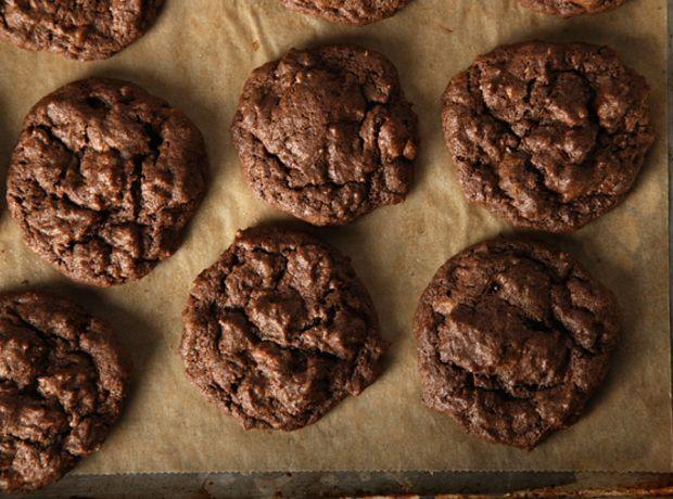 Fudgy Toffee Pecan Cookies Recipe | Baking | Pinterest