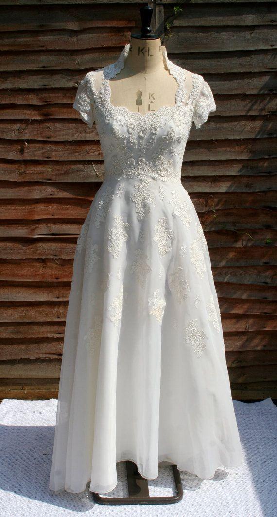 Stunning 1970 39 s priscilla of boston beaded wedding dress for Priscilla of boston wedding dresses