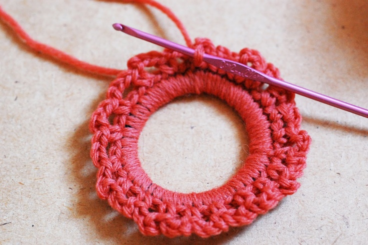 Crochet Hair Rubber Band : Maize Hutton: The Crocheted Scrunchie Tutorial!