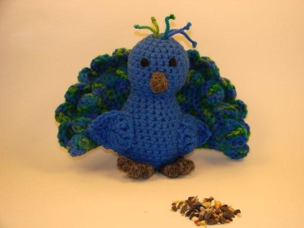 Amigurumi Star Wars De Ganchillo : Peacock and Pattern Crocheted animals Pinterest