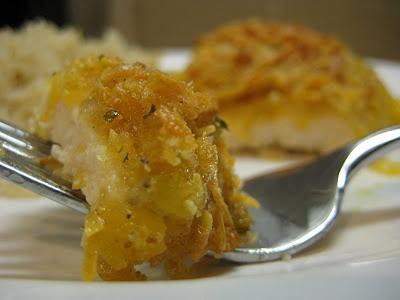 Garlic Cheddar Chicken. Yummy!!! Red Lobster biscuits, but chicken ...