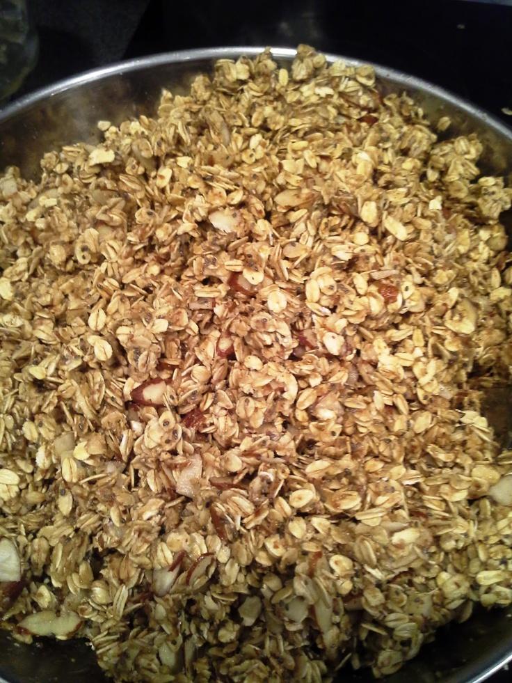 ... .com: Vanilla Almond Granola with Chia seeds and Flax