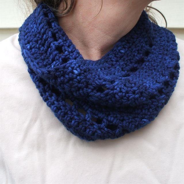 Crochet Patterns Cowl : Cowl - free crochet patterns Crochet scarfs Pinterest