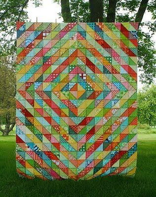 This is AMAZING!! Warm/Cool quilt top by Lee at Freshly Pieced