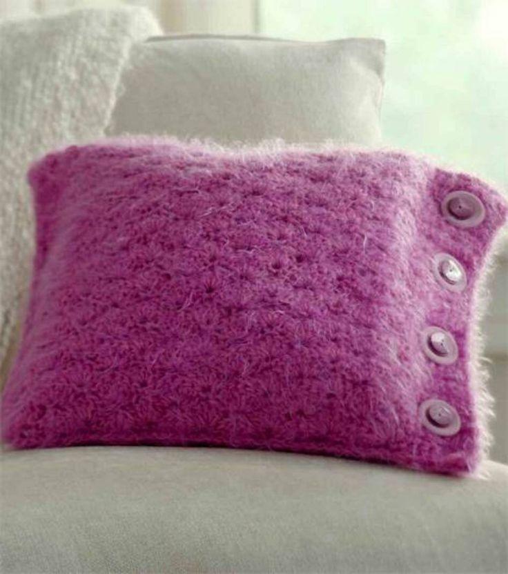 Buttoned Crochet Pillow - Free Crochet Pattern - (joann)