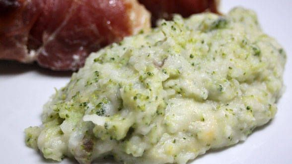 Broccoli and Cheese Smashed Potatoes | To cook...to make... | Pintere ...