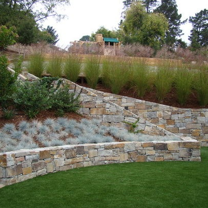 Tall and short grasses on slope the great outdoors for Garden designs for steep slopes