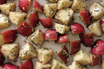 Rosemary and Garlic Roasted Potatoes | food | Pinterest