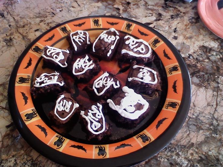 Tombstone Brownies | Halloween Bunco | Pinterest