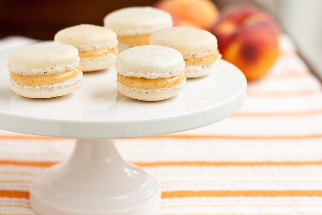 Vanilla Bean Macaroons w/ Peach Preserves - use your own preserves and ...