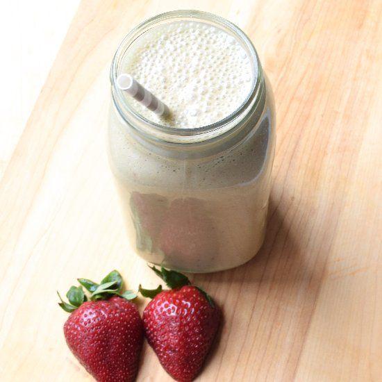 Strawberry Coconut Cashew Shake #Health #Nutrition #Smoothie #Recipe