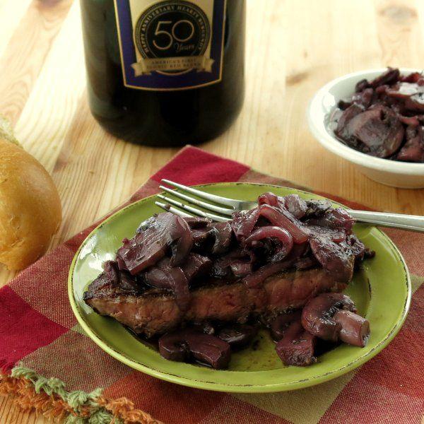 Burgundy Mushroom Sauce over Beef for #SundaySupper   Recipe