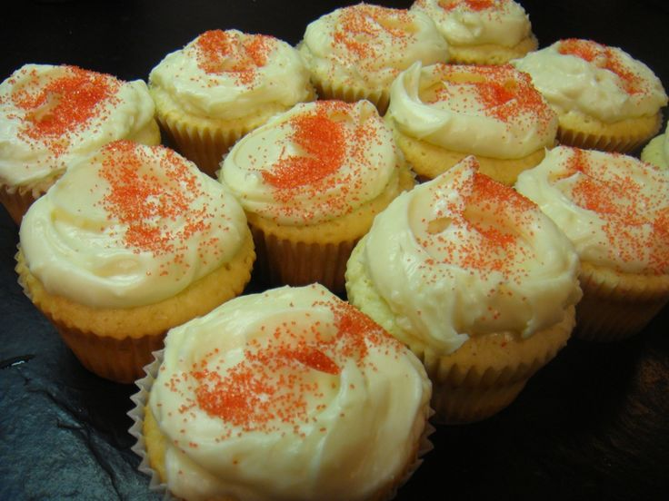 Sour Cream Pound Cake Cupcakes with Cream Cheese Frosting
