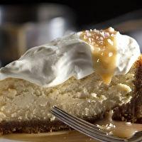 Salted Caramel Vanilla Cheesecake | Cheesecake | Pinterest