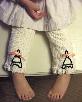 Free Patterns - 25 Luscious Leg Warmers to Knit & Crochet