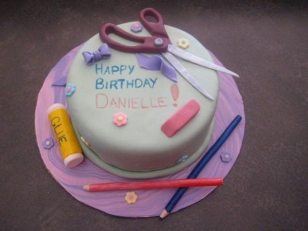 Cake Art Craft : Cool birthday cake for a crafter! Birthday party ideas ...