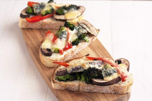 Portobello, broccoli, and red pepper melts. Source: Gastrogirl.tumblr ...