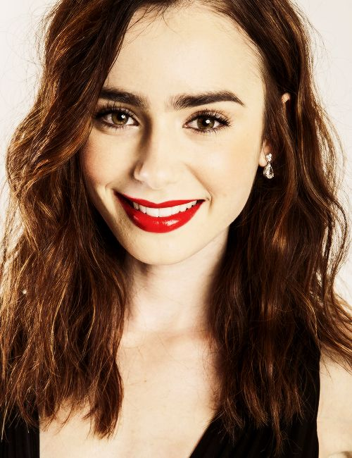 Lily Collins- Lizzie?