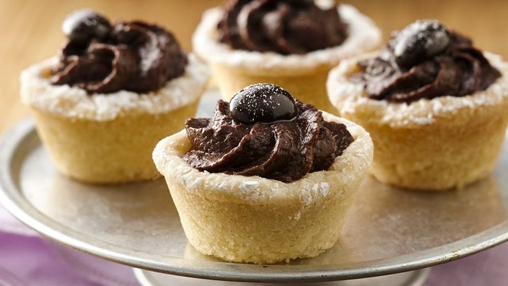 Ooh la la! Sugar cookie cups hold a melt-in-your-mouth indulgent ...
