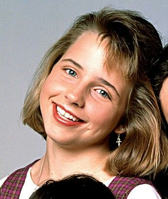 Lecy Goranson as Becky Conner | Roseanne | Pinterest