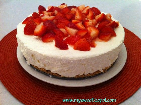No-Bake Cheesecake with Strawberries & a Biscoff Crust