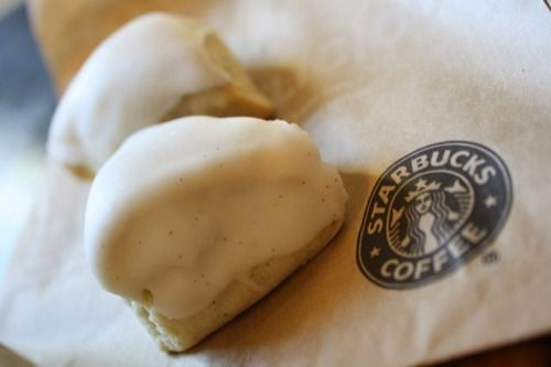 Petite Vanilla Bean Scones from Starbucks are my favorite things ever ...