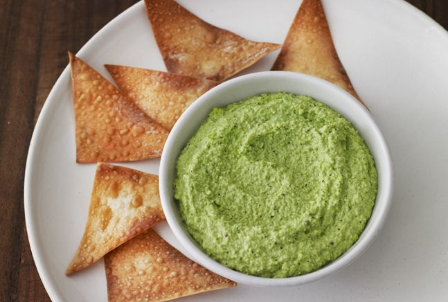 Wonton Chips with Edamame Dip - get the kids involved to make this easy dip and chips.
