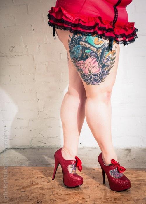 Love eat chubby pin up girl tattoos ass butt. want