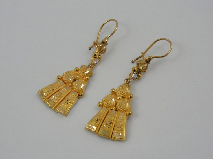vintage 22k gold middle eastern indian style earrings