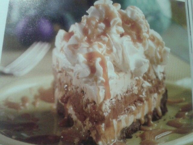 Mile high turtle ice cream pie | Cheesecake & Pie Creations | Pintere ...
