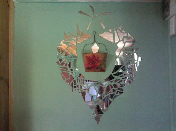 Muro con espejo reciclado | Diseño muy bueno | Pinterest